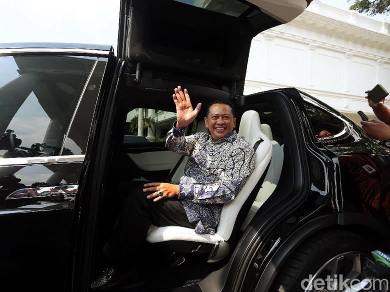 Bertemu Hampir 2 Jam, Bamsoet Dinasihati Jokowi agar Golkar Tak Pecah