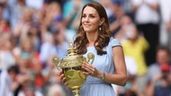 Foto: 3 Gaya Mewah Kate Middleton di Wimbledon, Harganya Rp 355 Juta