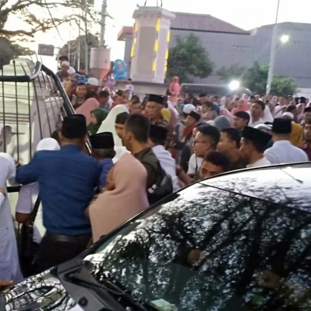 5 Orang Terluka Tergencet Bus di Acara Pelepasan Haji Sukabumi