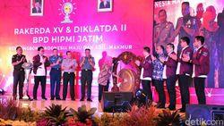 Buka Rakerda HIPMI Jatim, Khofifah Sampaikan Tiga Pesan Jokowi