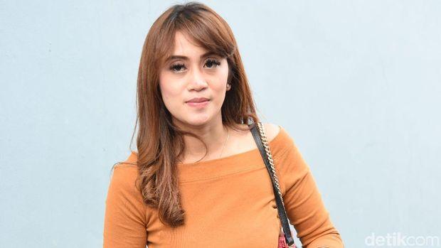 Nia April mengaku belum resmi cerai dari Pablo Benua