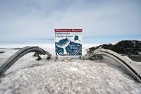 Namun kota ini jadi lokasi pertama dalam daftar kawasan yang mengalami malam kutub. Selama sekitar satu sampai dua bulan, penduduk Kaktovik, Point Hope dan Anaktuvuk Pass juga merasakan siang hari tanpa matahari. Matahari terbenam terakhir mereka akan terjadi antara akhir November dan awal Desember (Foto: iStock)