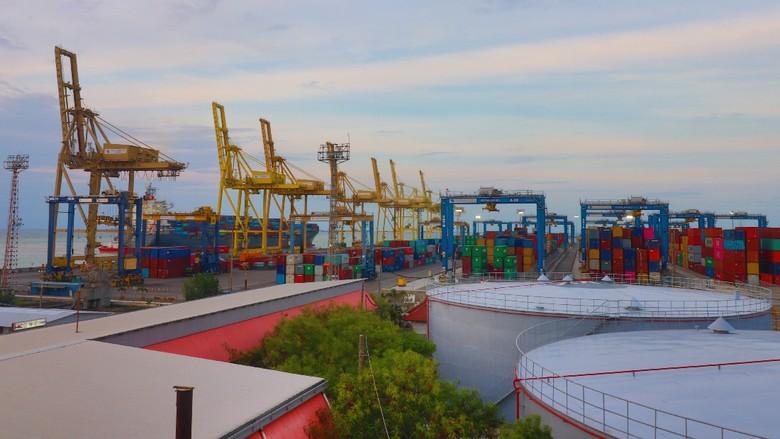 Insiden Kapal Tabrak Crane, Pengusaha Apresiasi Gerak Cepat Pelindo III
