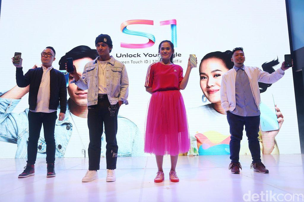 Peluncuran ini diramaikan dua artis yang menjadi brand ambassador Vivo S1 seperti Sheryl Sheinafia dan Jefri Nichol.(Foto: Agung Pambudhy/detikINET)