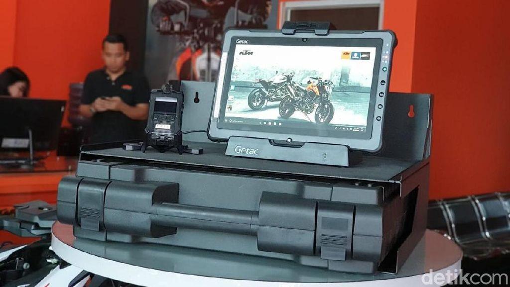Servis KTM Sekarang Bisa Pakai Tablet, Apa Keunggulannya?