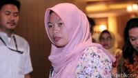 Bambang berharap Presiden Jokowi bisa segera menyampaikan surat permintaan pertimbangan ke DPR setelah permohonan dari Baiq Nuril masuk ke meja presiden. Begitu masuk ke DPR, surat tersebut akan langsung dibahas di rapat paripurna DPR secepatnya.