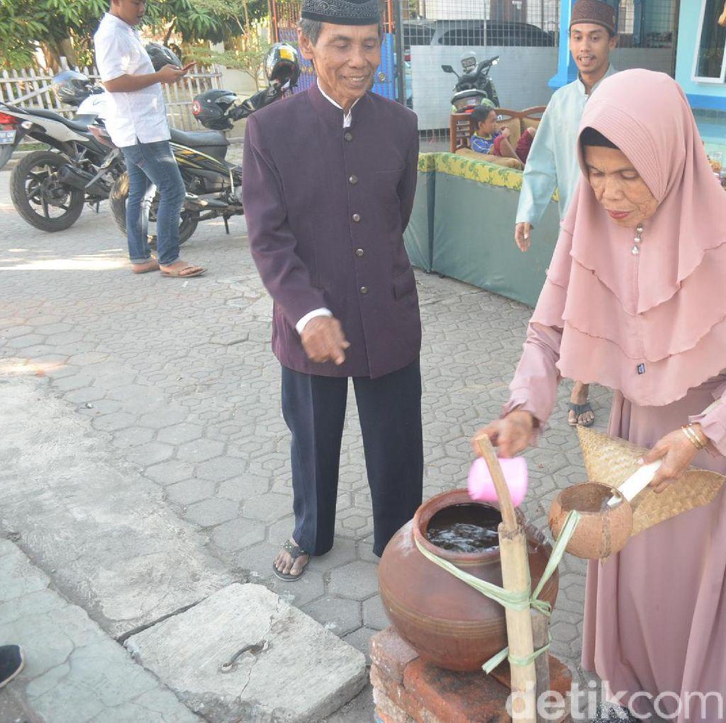 Melihat Kembali Tradisi Turun Temurun Gentong Haji di Cibreon