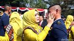 Tangis Bahagia Keluarga dan Perwira TNI-Polri Usai Dilantik