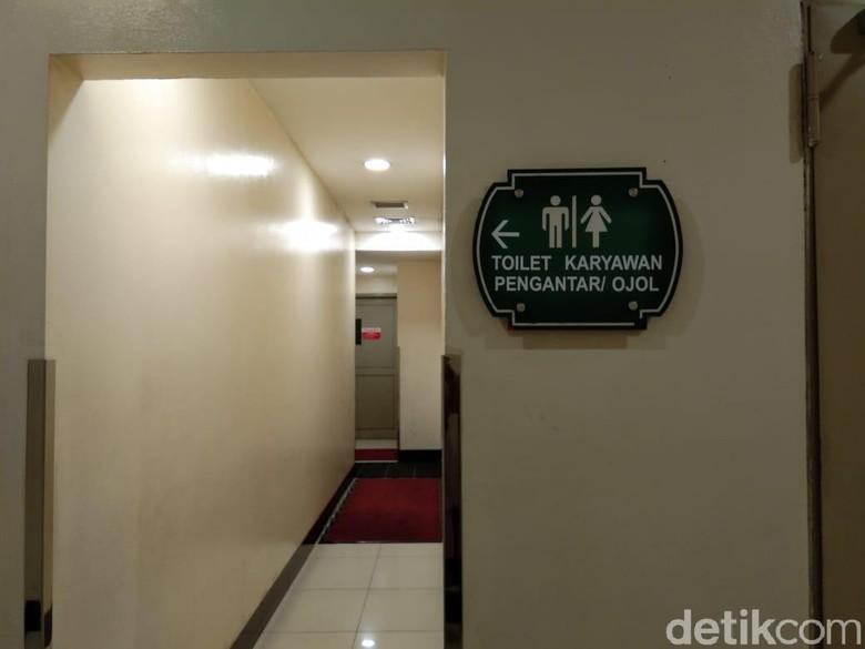 Mal Puri Indah Pisahkan Toilet untuk Ojol dan Pengunjung