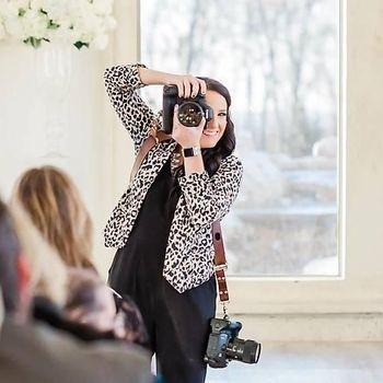 Viral, Pesan Menohok Fotografer untuk Tamu Pernikahan yang Motret Pake HP