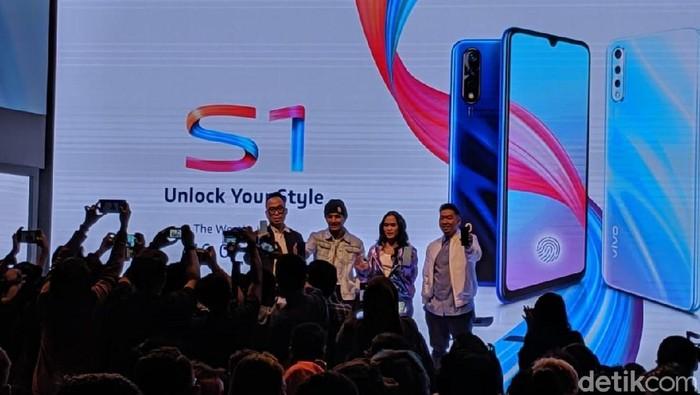 Resmi meluncur di Indonesia, harga Vivo S1 cukup menggoda. (Foto: Adi Fida Rahman/detikINET)