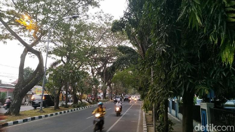 Diminta Mendagri, PJU Kantor Kemenkum HAM di Tangerang Kembali Dinyalakan