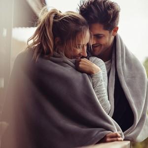 5 Tips Foreplay agar Sesi Bercinta Semakin Menggebu