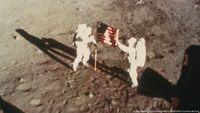 50 Tahun Apollo 11, Anda Percaya Manusia Pernah Mendarat di Bulan?