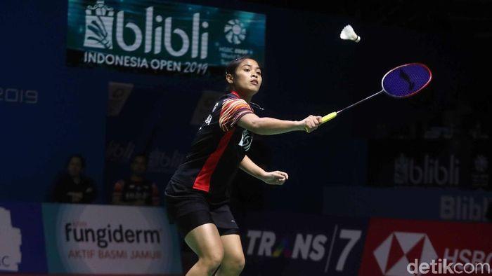 Gregoria Mariska nyaman mengenakan rok saat pertandingan di Indonesia Open 2019. (Pradita Utama/detikSport)