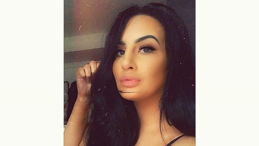 Setelah Posting Foto Selfie, Wanita Ini Meninggal Secara Misterius
