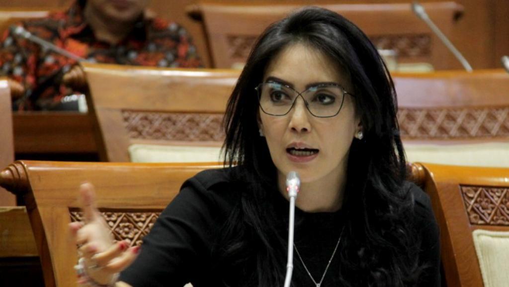 Dilantik Lagi Jadi Anggota DPR RI, Rieke Diah Pitaloka Minta Maaf