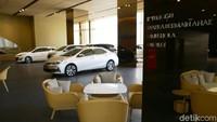 Toyota Punya Layanan Gonta-ganti Mobil Bisa Pesan Pelat Ganjil-Genap