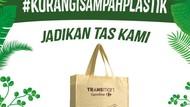 Kantong Plastik Berbayar, Transmart Kampanyekan #KurangiSampahPlastik