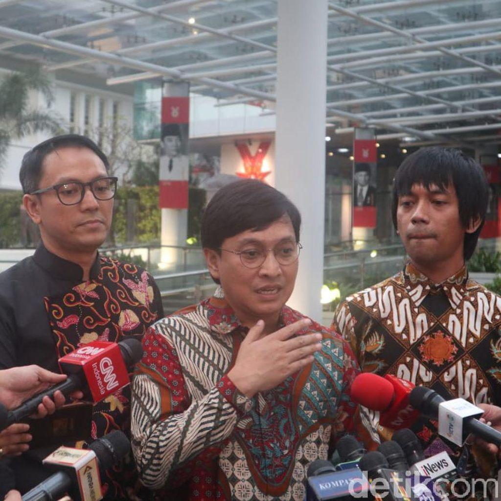 Jokowi Ditemui 100 Artis Pendukungnya Saat Pilpres 2019