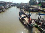 Cuaca Buruk, Nelayan di Cirebon Enggan Melaut