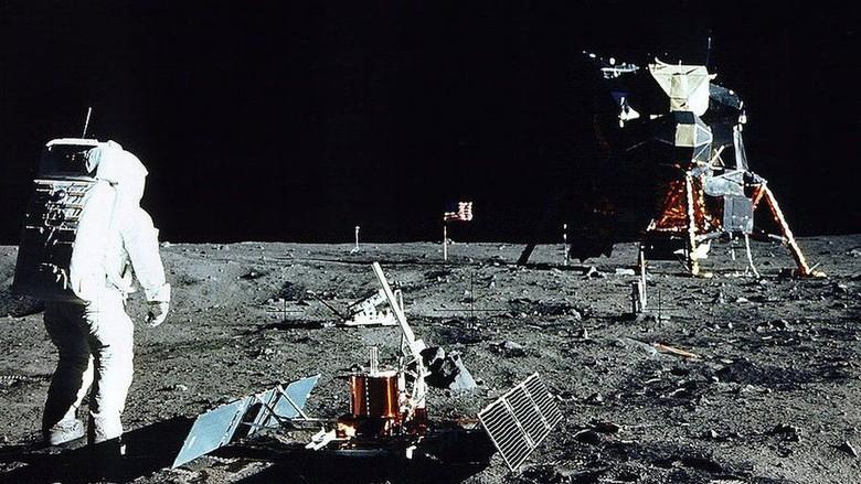 Bukti Foto Ini Patahkan Teori Konspirasi Pendaratan Astronot AS ke Bulan
