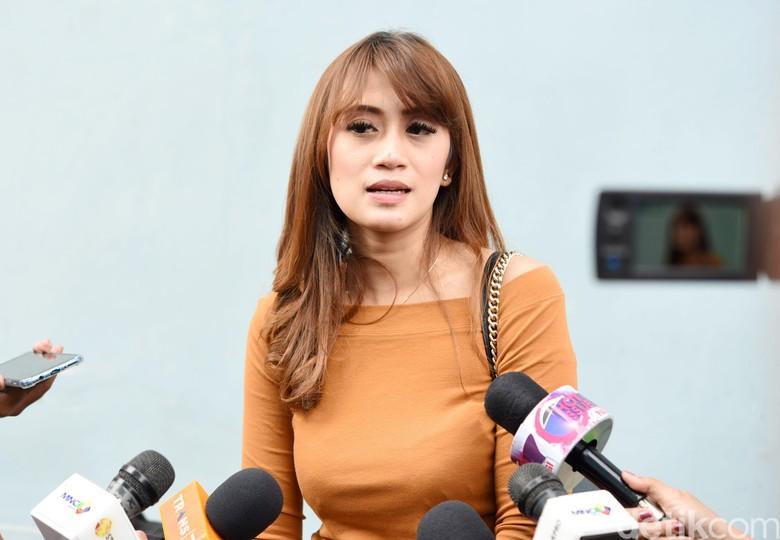 5 Fakta Nia April yang Mengaku Istri Sah Pablo Benua/Foto: Noel/detikFoto