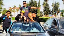 Negara Terkena Sanksi Ekonomi, The Rich Kids of Tehran Tetap Beraksi