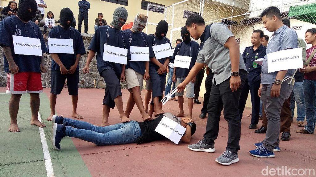 Anggota TNI-Polri Dikeroyok Massa di Jambi
