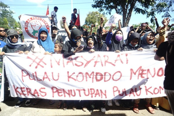 Poin keempat, menuntut pihak BTNK (Balai Taman Nasional Komodo) untuk juga berpihak pada kepentingan masyarakat Komodo di samping menjalankan tupoksinya sebagai badan konservasi (dok Istimewa)