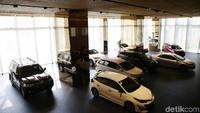 Strategi Toyota di Masa Transisi, Kasih Diskon Besar?
