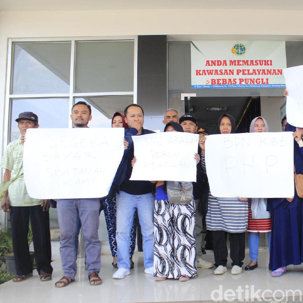 Warga Bandung Barat Terdampak Kereta Cepat Tagih Ganti Untung ke BPN