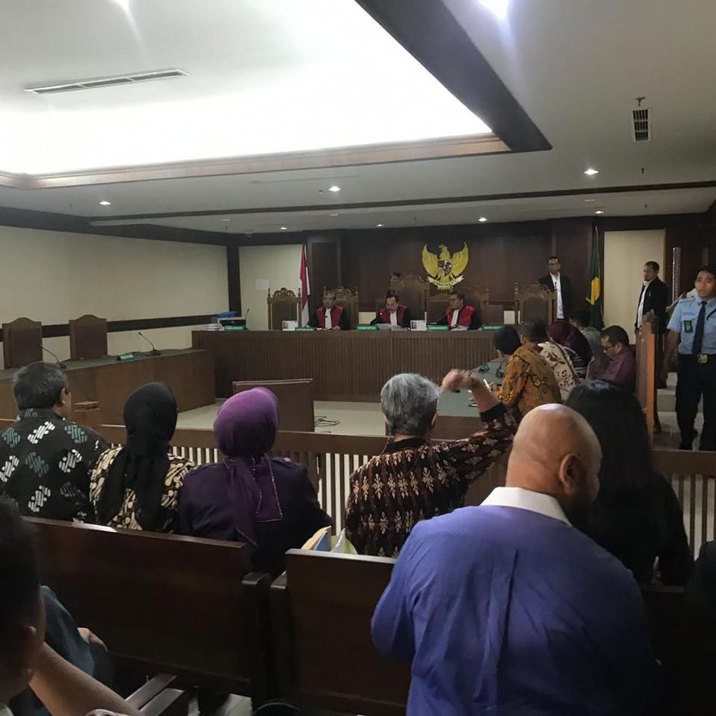 Fakta-fakta Pengacara Pukul Hakim di Pengadilan