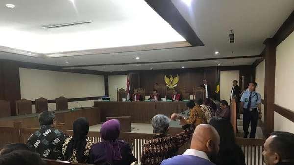 Pengacara TW Sabet Hakim, Polisi: Dia Tak Hormati Pengadilan