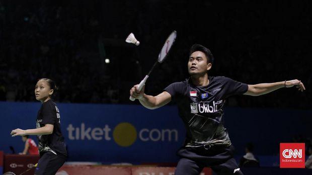 Lilyana Natsir tonton Tontowi Ahmad/Winny di Indonesia Open 2019.