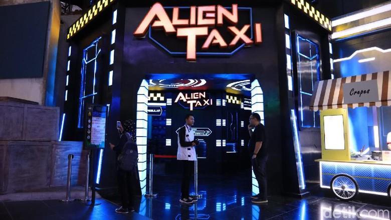 Alien Taxi (Johanes Randy/detikcom)