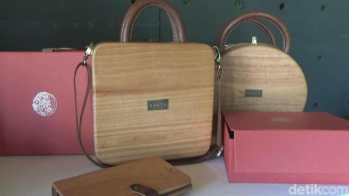 Foto: Tas Kayu Made In Bantul (Pradito Rida Pertana/detikFinance)