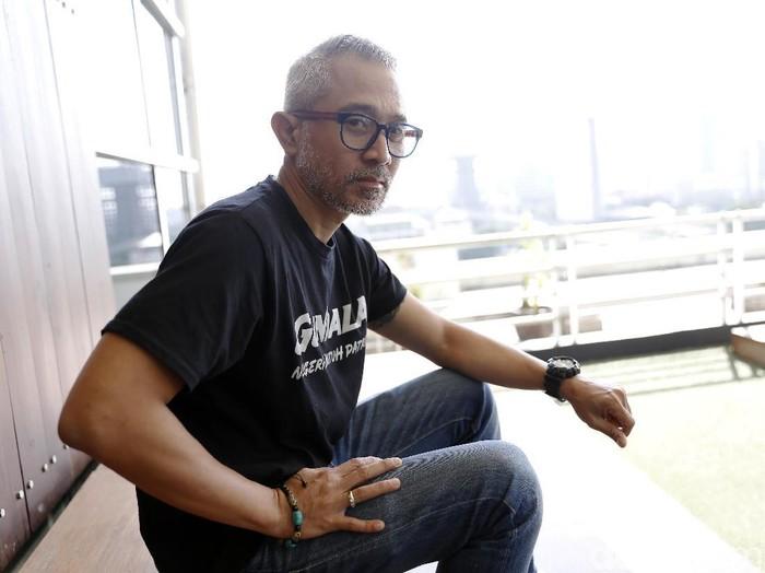 Lukman Sardi saat promo film Gundala di kantor detikcom.