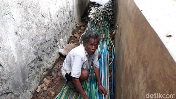 Cerita Warga Desa di Bantul, Sedot Selang Pakai Mulut Demi Air Bersih
