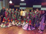 SMP Labschool Jakarta Juara Lomba Tari Tradisional di Paris