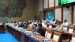 Debat Panas Jonan dan Komisi VII Soal BBM dan Listrik