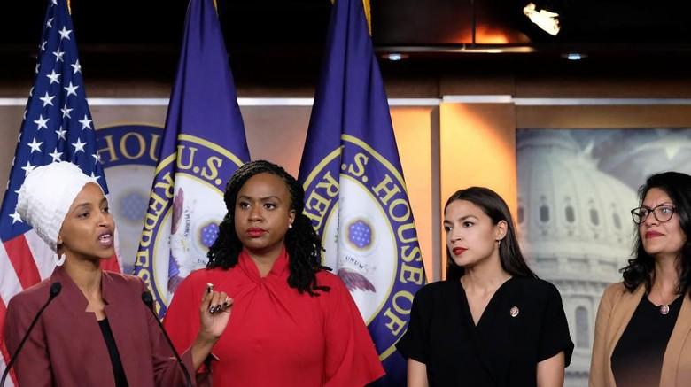 Trump Serukan 4 Wanita Anggota Kongres Minta Maaf ke AS dan Israel