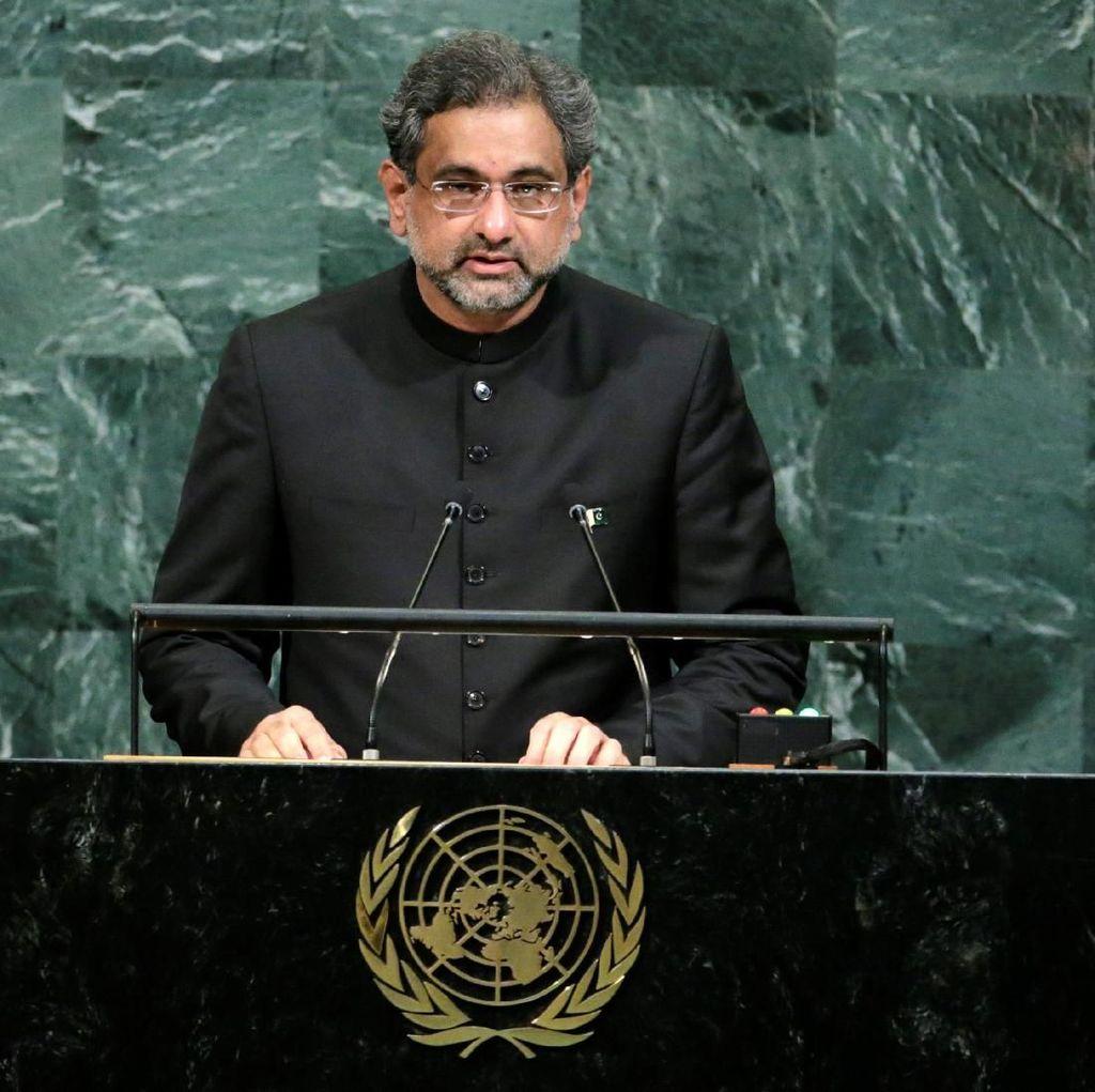 Eks PM Pakistan Ditangkap Badan Anti-Korupsi
