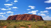 Detik-detik Pendakian Gunung Uluru Australia Tutup Permanen