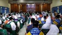 393 Calhaj Kloter 1 Embarkasi Aceh Masuk Asrama Haji