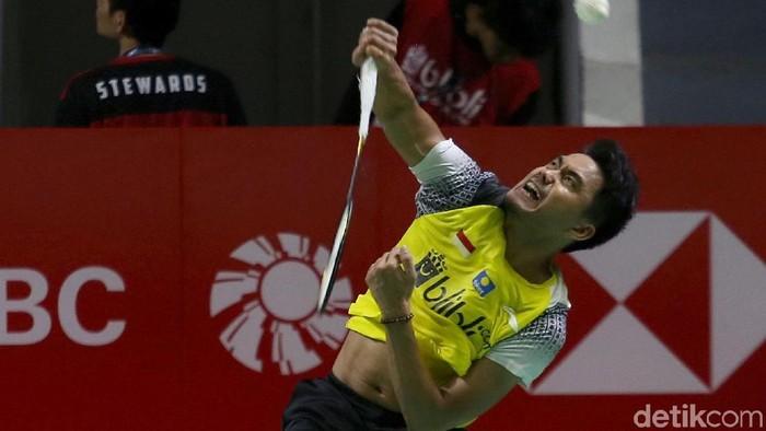 Ganda campuran Indonesia Tontowi Ahmad/Winny Oktavina Kandow gagal melaju ke semifinal. Mereka tumbang dari wakil Malaysia Chan Peng Soon/Goh Liu Ying.