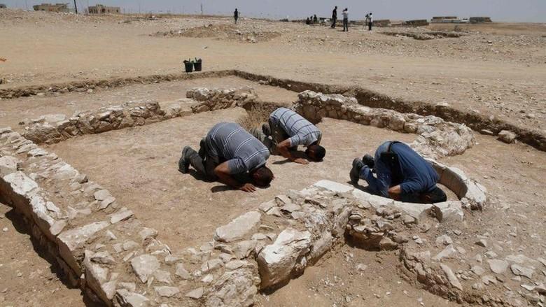 Penemuan reruntuhan masjid berusia ribuan tahun di israel (Israel Antiquities Authority/Getty Images/BBC)