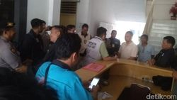 Geledah Kantor BPKD Pematangsiantar Terkait Pungli, Polisi Sita Dokumen-CCTV