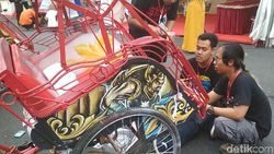 Dicat Warna-warni, Becak di Rembang Kini Jadi Cantik