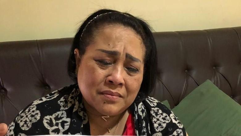 Nunung dan Suaminya Tertangkap karena Narkoba